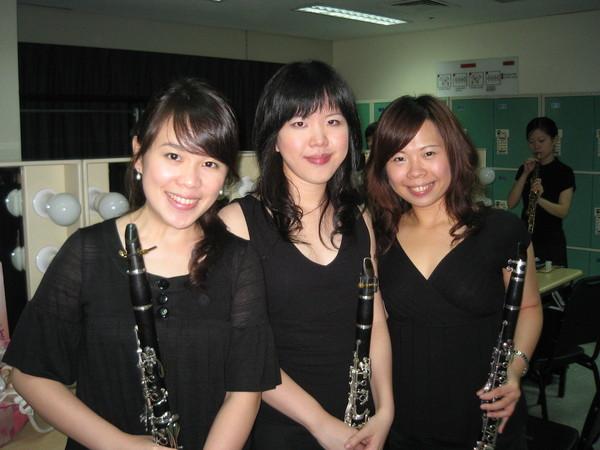 我跟世琪學姐和明玲學姐