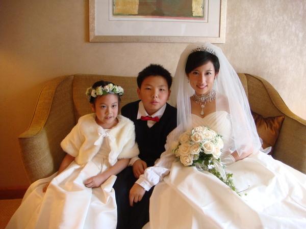 新娘與花童們