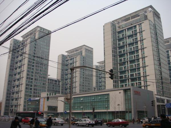 0308  附近的高樓大廈