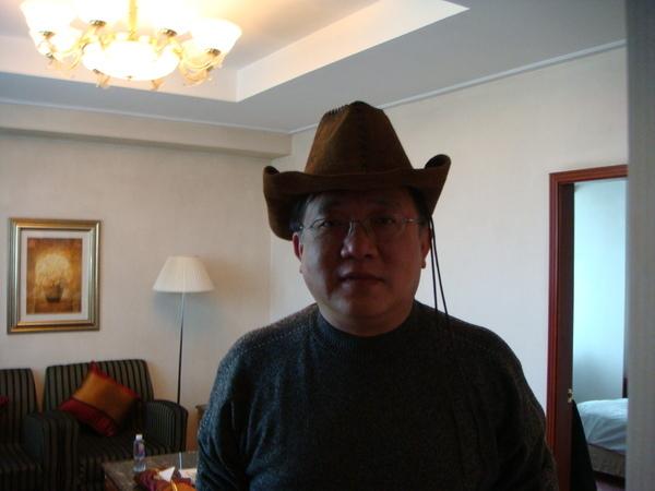 老師戴牛仔帽