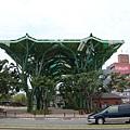 第一天  宜蘭火車站對面不知為何的建築