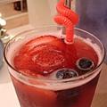 草莓什麼的果茶(艸)