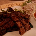 暹廚泰式料理 - 忘記是什麼烤牛肉,香茅?反正很好吃 XD