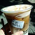 cama 的好好喝焦糖瑪奇朵(大心)
