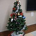 因為是 12 月...所以擺出了聖誕樹 ^^
