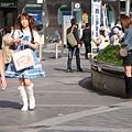 新宿東口遇到蘿莉裝扮的美眉