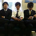 電車上的帥哥上班族