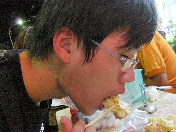 """""""阿昌麵線""""的臭豆腐也是一絕阿~~"""