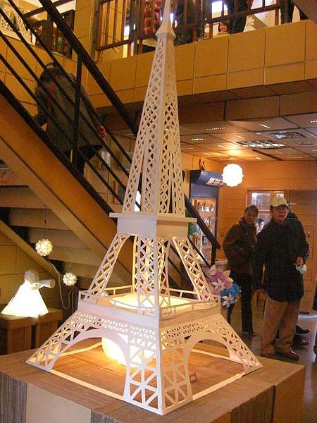 另外也很厲害的艾菲爾鐵塔
