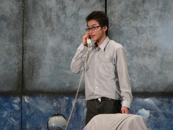 接聽以為是Benny的電話