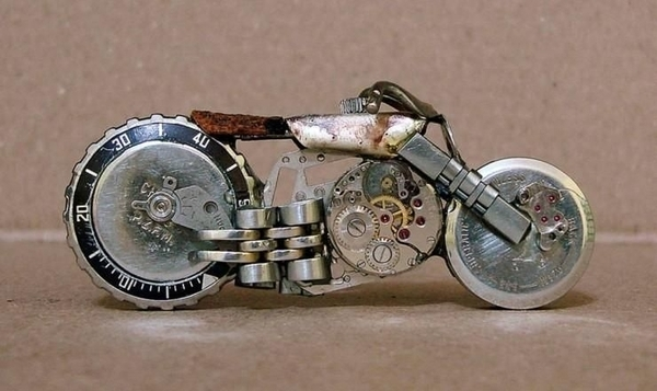 手錶做成的摩托車01