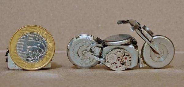手錶做成的摩托車02