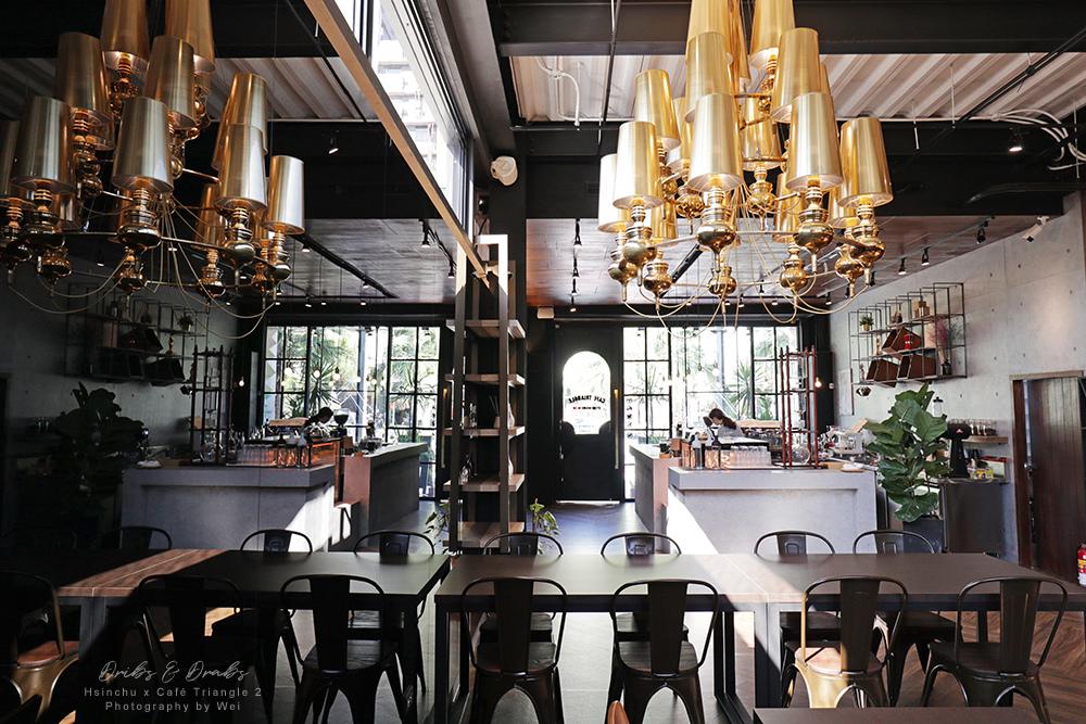 英倫工業風咖啡館