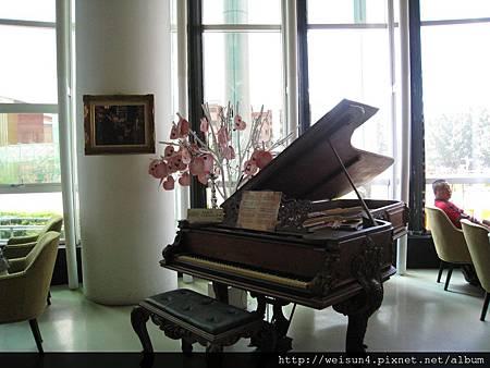 IMG_4776_Mr.J_鋼琴