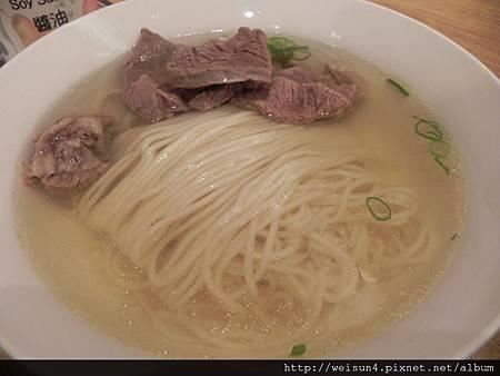 鼎泰豐_DSCN8738_元盅牛肉麵