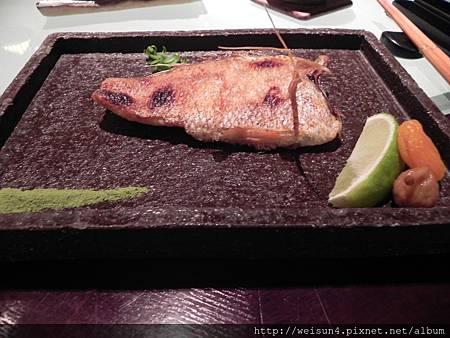 牡丹園_DSCN0214_烤紅喉魚.JPG