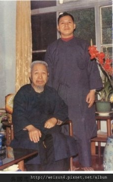太極_吳國忠先生和恩師鄭曼青先生.jpg