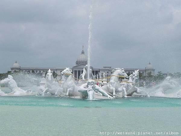 奇美博物館_DSCN6670_阿波羅噴泉.JPG