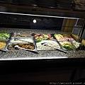 DSCN1734_伏爾塔瓦河遊船_晚餐.JPG