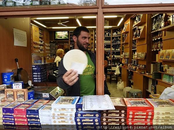 DSCN0375_卡羅維瓦利_Karlovy Vary_溫泉餅.JPG