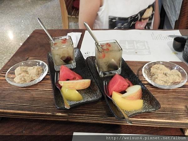 入木三分_DSCN4059_甜點+水果.JPG