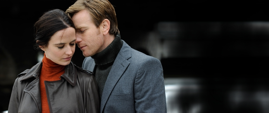 Perfect-Sense-stills-ewan-mcgregor-18092379-920-389.jpg