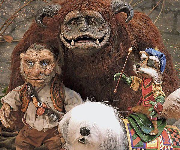 labyrinth-dolls-640x533.jpg