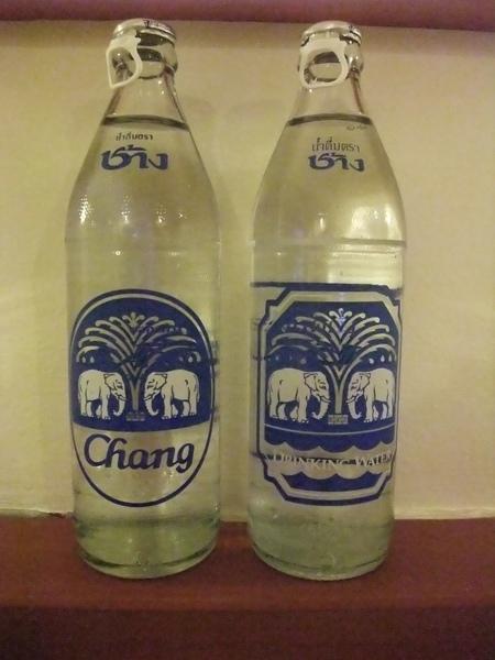 20090526197-好喝的大象牌水.jpg