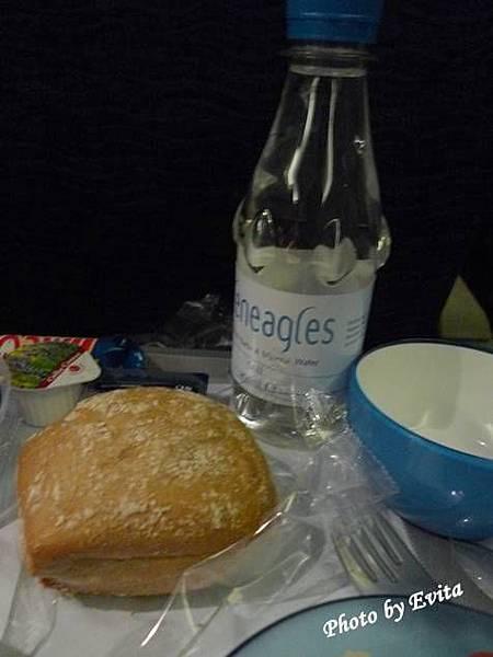 20090617BA飛機餐03.jpg