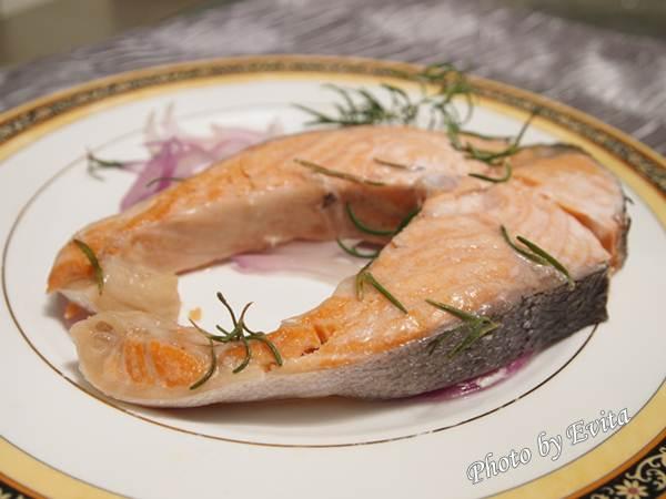 20100306Lekue蒸烤盒05.jpg