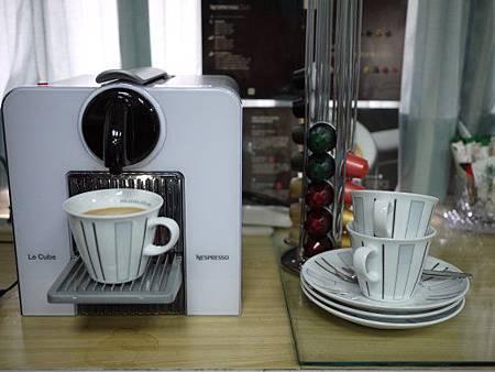 咖啡機1.jpg