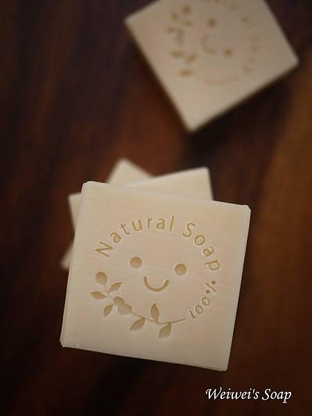 澳湖松香皂.jpg