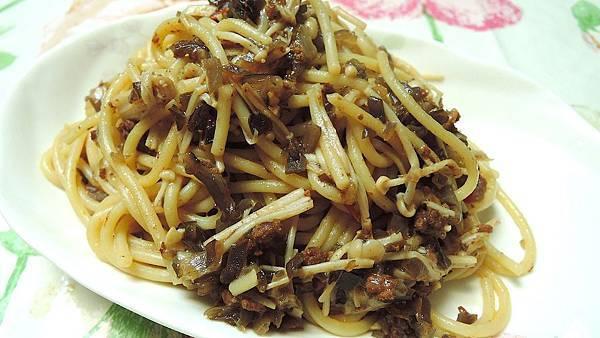 0902_香辣雙菇肉醬義大利麵2