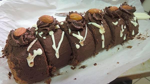 1212巧克力x酒漬櫻桃瑞士卷