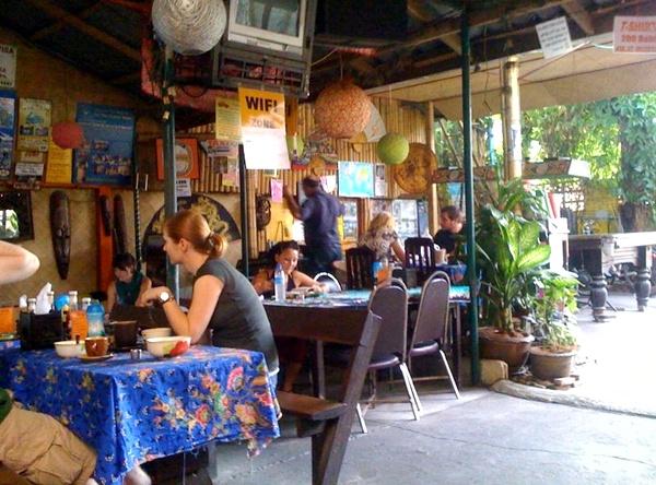julie-s-guest-house-chiang-mai-thailand+1152_12960650733-tpfil02aw-26764