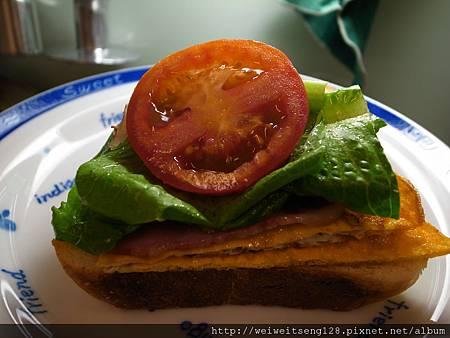 牛奶哈斯三明治