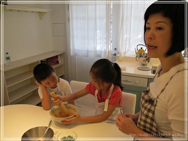 00074-12《mama de maison 料理教室-小朋友下廚課》.JPG