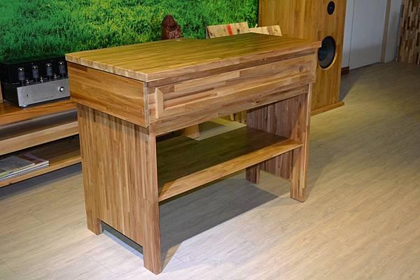 咖啡桌.JPG