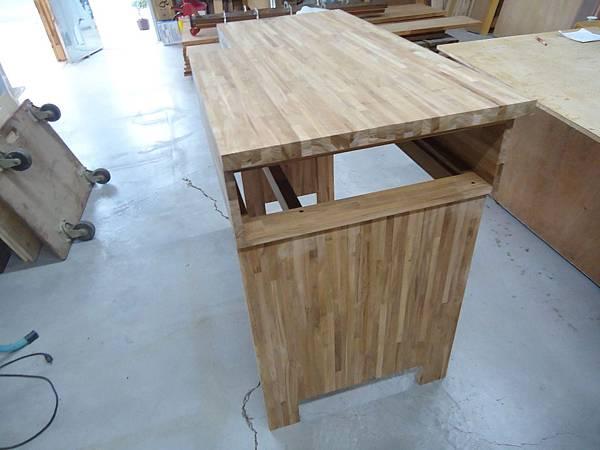 咖啡桌3.JPG