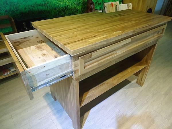咖啡桌8.JPG
