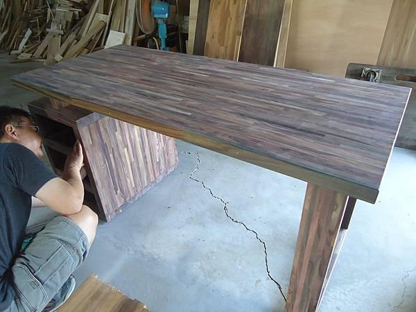 紫檀書桌3.JPG