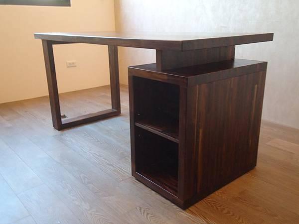 紫檀書桌13.JPG