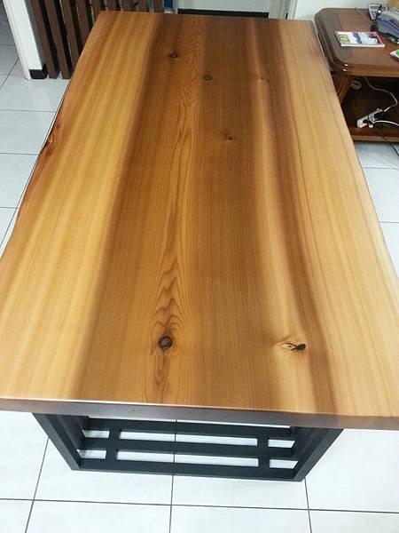 美檜餐桌1.jpg
