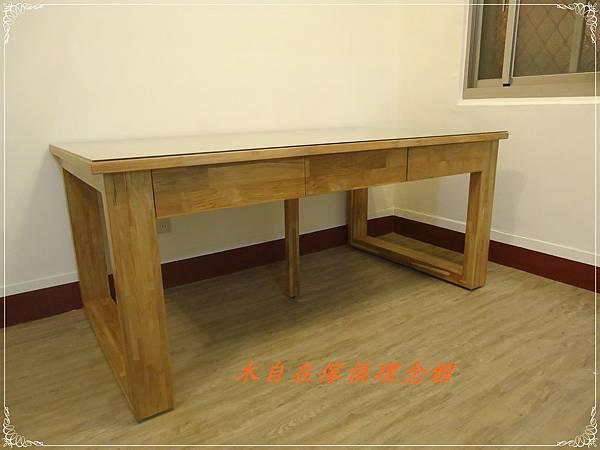 柚木六抽書桌(框腳)1.JPG