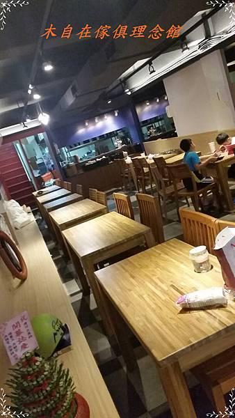 柚木餐桌(四柱腳)1.jpg