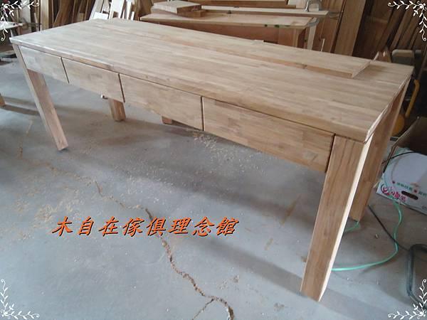 柚木四柱腳書桌.JPG