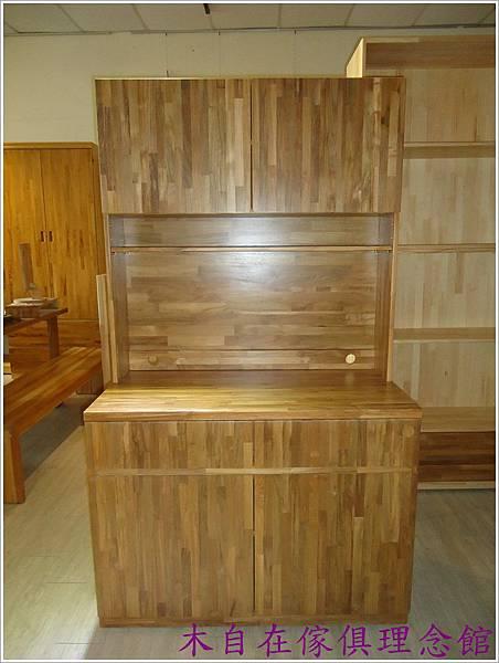 柚木櫥櫃1.JPG