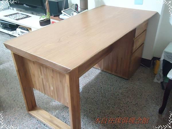 非洲柚木獨板框型腳書桌(3抽)4.JPG