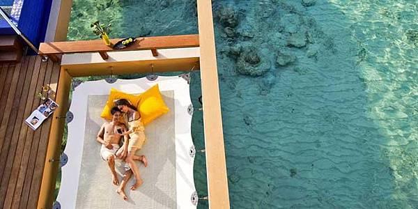 InOcean-Pool-Villa-2_bthr_room_carousel
