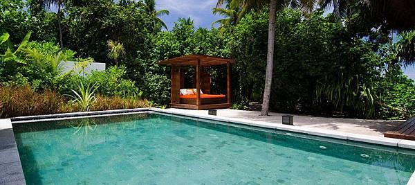 jumeirah-dhevanafushi-island-revive-01-hero